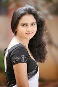 Anusha anu protflio photos-thumbnail-2
