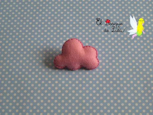 broche-fieltro-nube-rosa