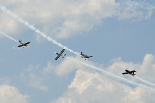 picture of Jerry Morris, Ron Schreck, and Mike Stewart from Team RV at the Evansville Freedom Festival flying in close formation