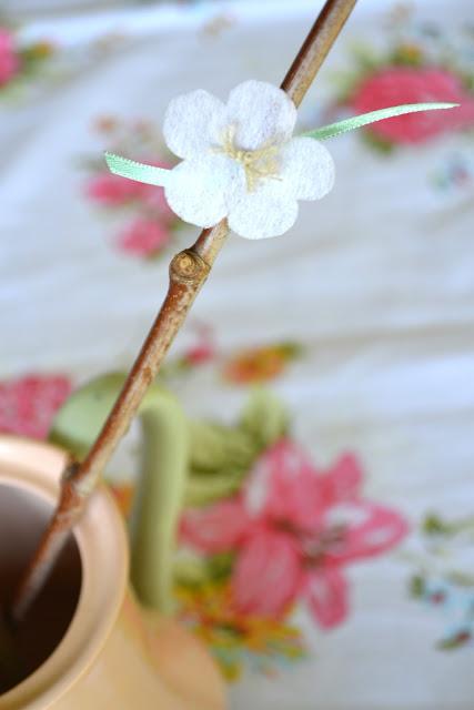 Haiku de membrillo con flores de otoño