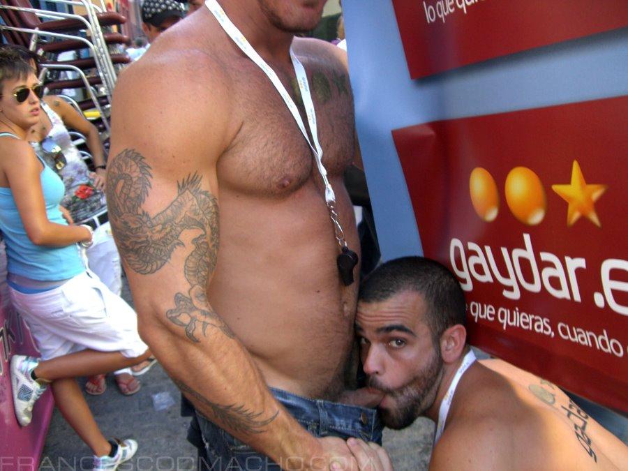 Sexo Gay En Publico