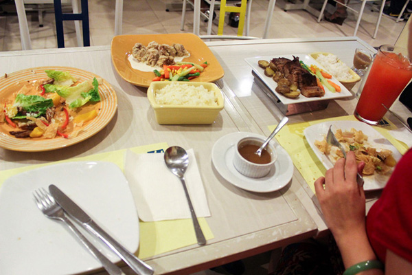 Does h cuisine really have awesome food ang kaladkarin for H cuisine tomas morato