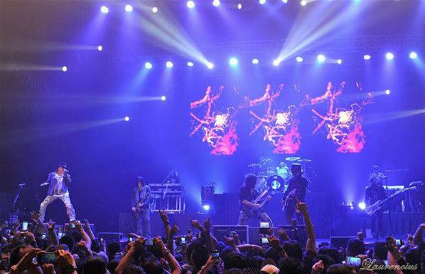 Foto-konser-Guns-N' Roses-di-Meis-Ancol_7