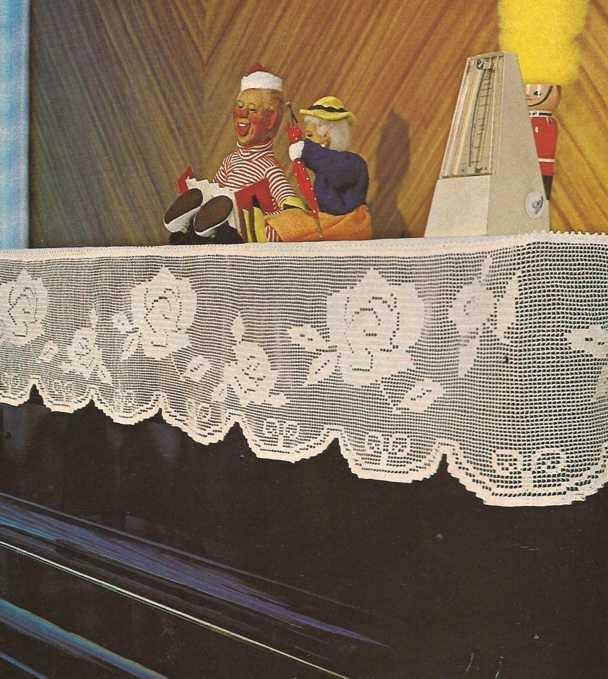 Tapete para piano a Crochet