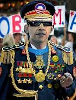 http://4.bp.blogspot.com/-kV0ASSWLMhI/T_iuV-k4AcI/AAAAAAAAE98/v-nus8D2tRo/s1600/Obama+-+Generalissimo.jpg