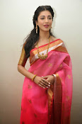 Shruti haasan new photos in saree-thumbnail-15