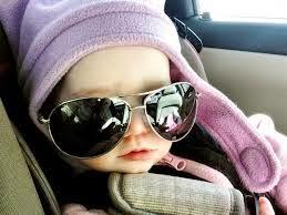 gambar anak kecil lucu pakai topi