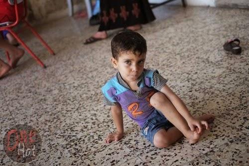 Warga Muslim Gaza mengungsi di Gereja Ortodoks Yunani 10