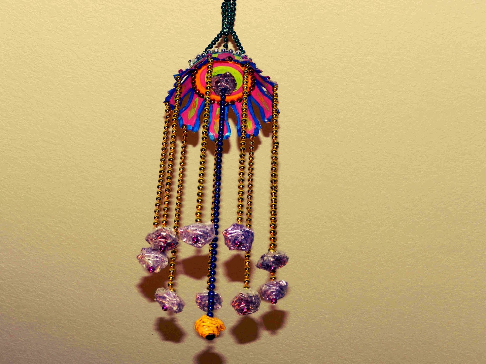 Door hangings from waste material crafts for Craftwork from waste