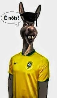 http://4.bp.blogspot.com/-kVWs7rpCsoc/VE7K6tMhutI/AAAAAAAABqA/n4V_138n13g/s1600/burro_sele_o_Brasil.jpg