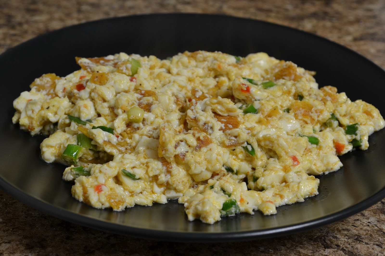 "Vegans Have Superpowers: Spicy Scrambled ""Eggs"""
