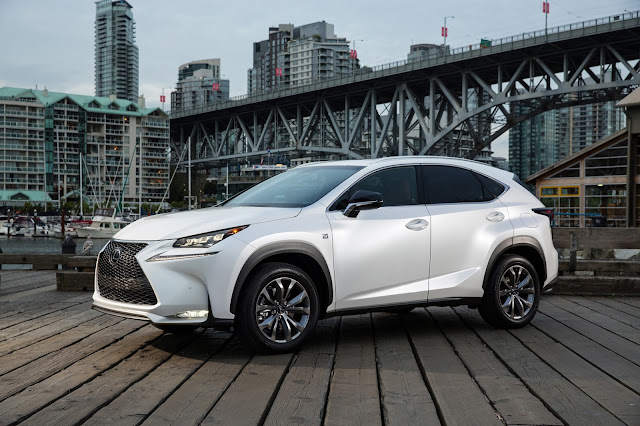 Front 3/4 view of 2015 Lexus NX 200t F Sport