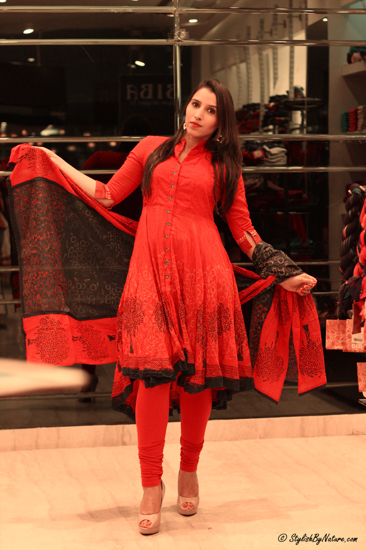 ethnic indian wear salwar kurta
