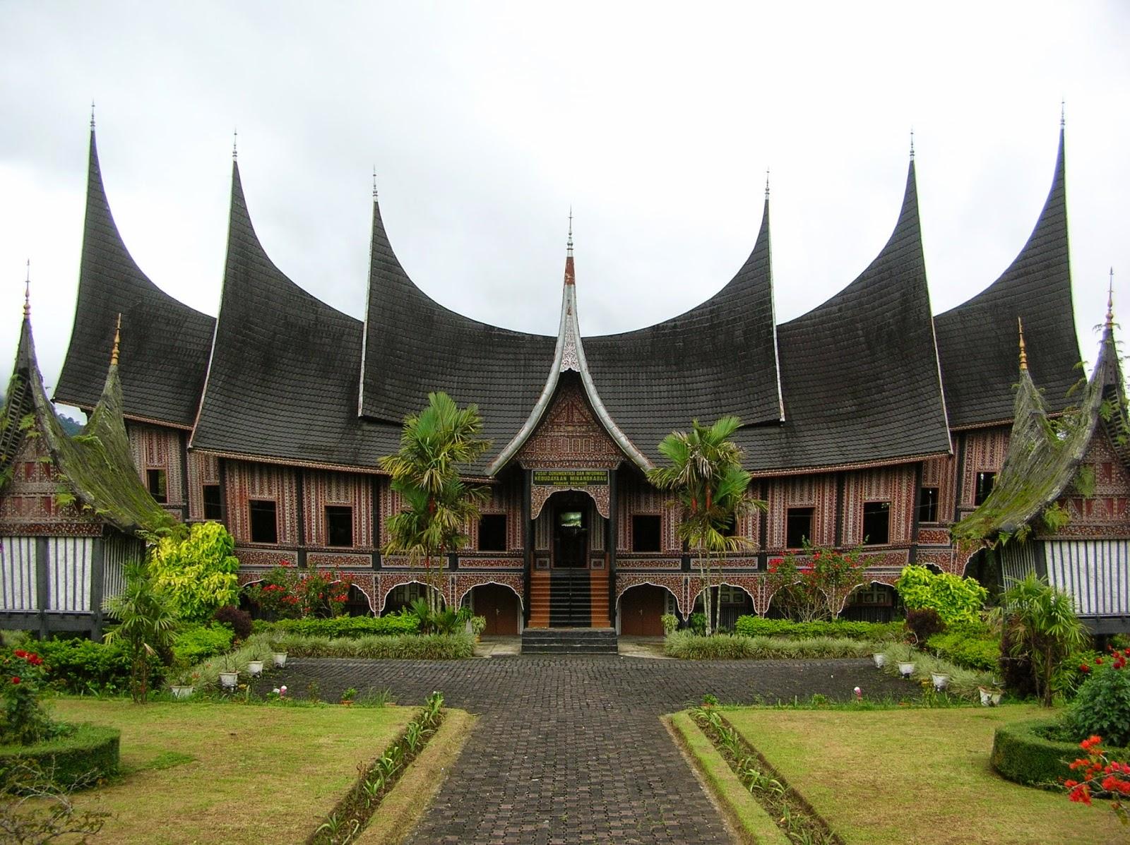 Rumah Tradisional dalam Arsitektur Kuno Austronesia