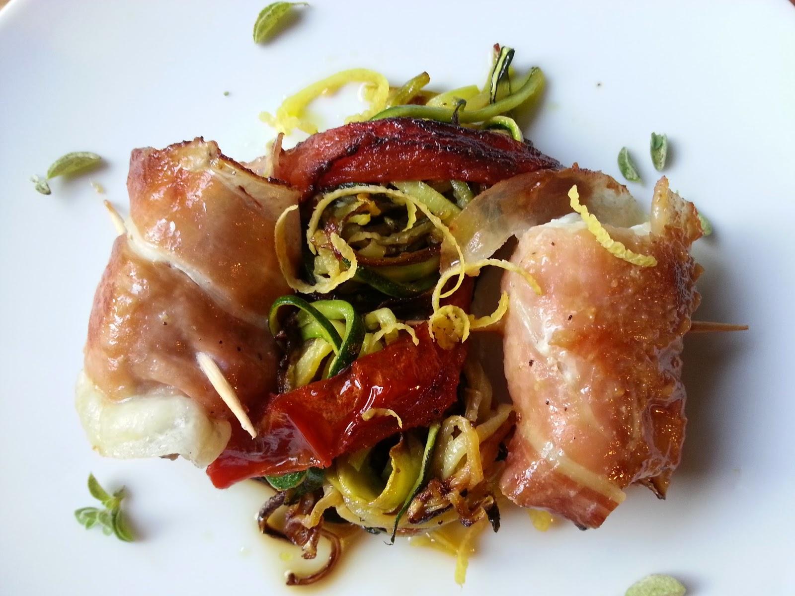 bocconcini di rana pescatrice allo speck con spaghetti di zucchine e filetti di san marzano
