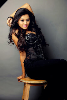 Pooja Jhaveri in Leather Top and Black Leggings Spicy Pics Stunning Beauty