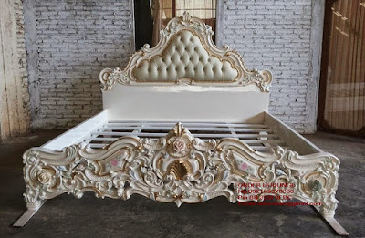 Mebel ukiran jepara mebel ukir jepara mebel jati jepara tempat tidur ukiran jati jepara jual mebel jepara classic antique french duco Jati code Dipan jati101