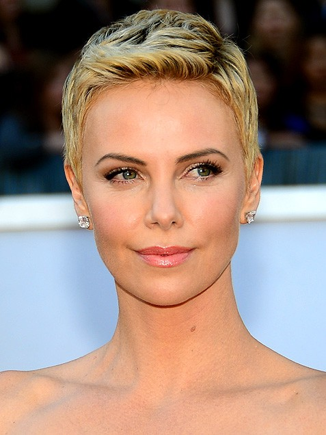 Short Cut Inspiration Charlize Theron
