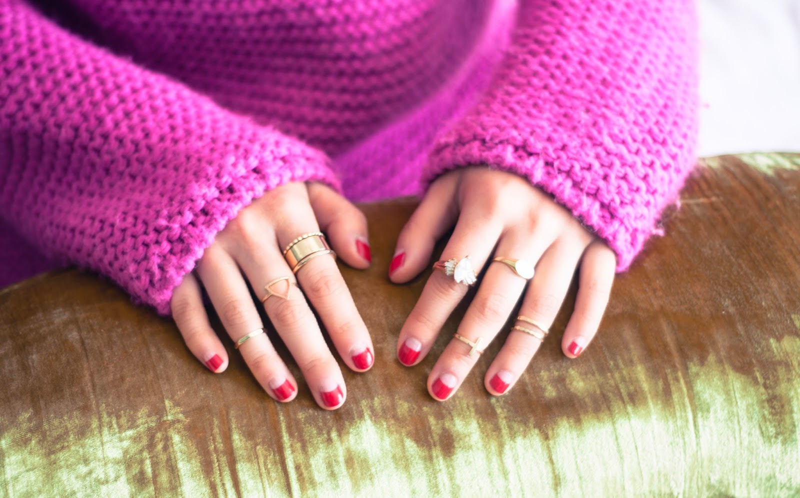 red nail art midi rings