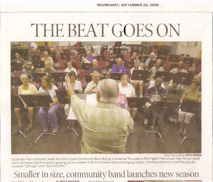 Hans Schneiter Directing The Palm Coast Community Band 2006