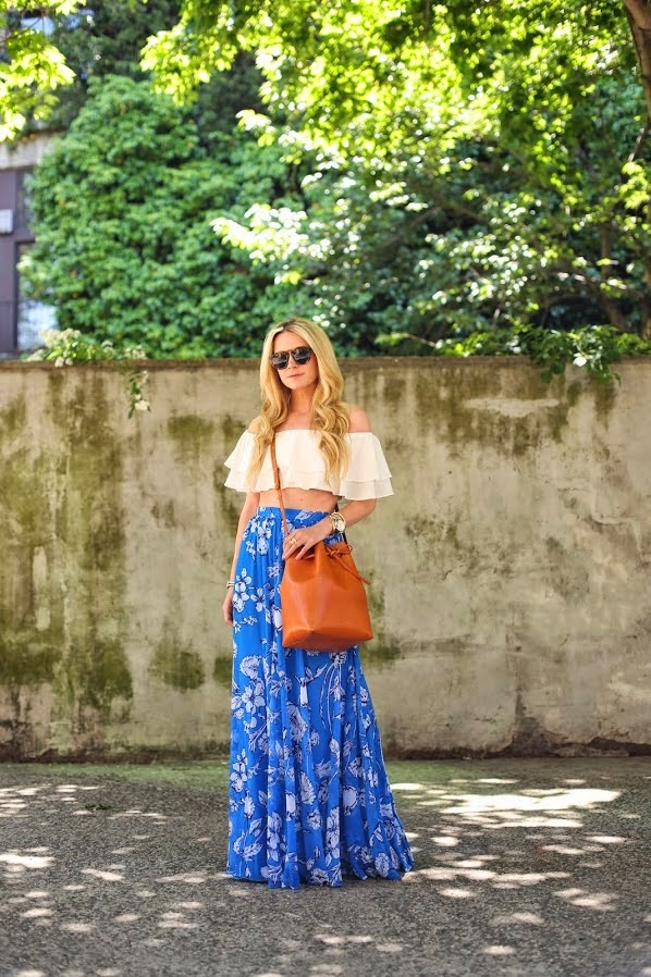 outfit inspiration, blogger style, Atlantic-Pacific, Blair Eadie, floral, maxi skirt, crop top
