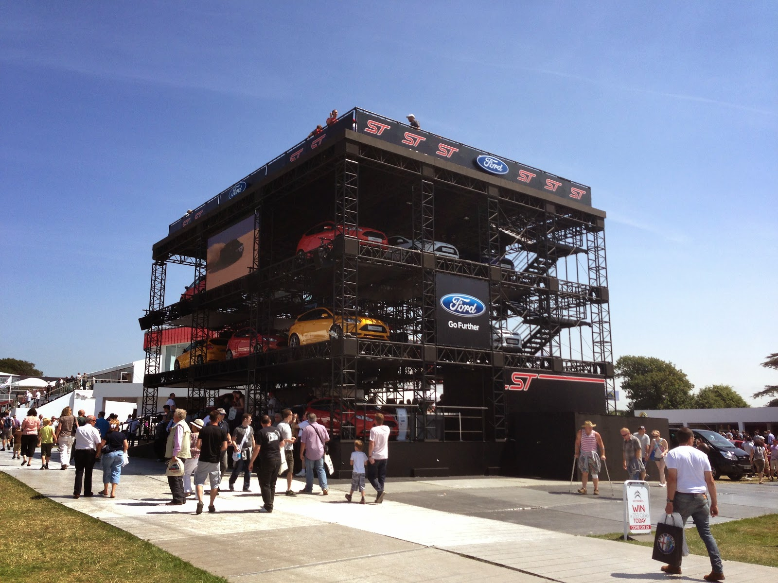Trade Stands Goodwood Festival Speed : Speedmonkey the top displays at goodwood festival