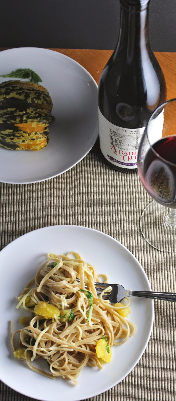 Linguine with Carnival Squash and a Garnacha for #winePW.