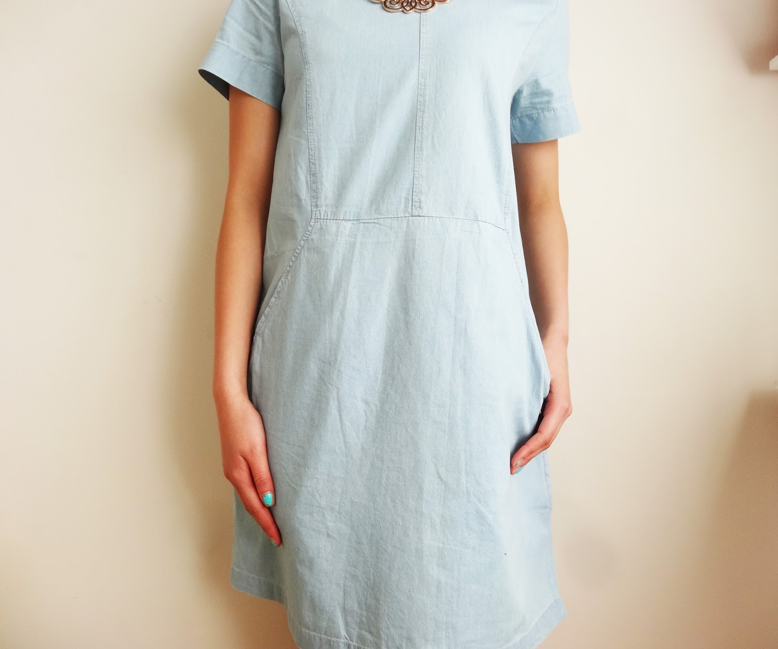 http://www.choies.com/product/denim-shift-dress-with-pocket_p24636?cid=6393suemao