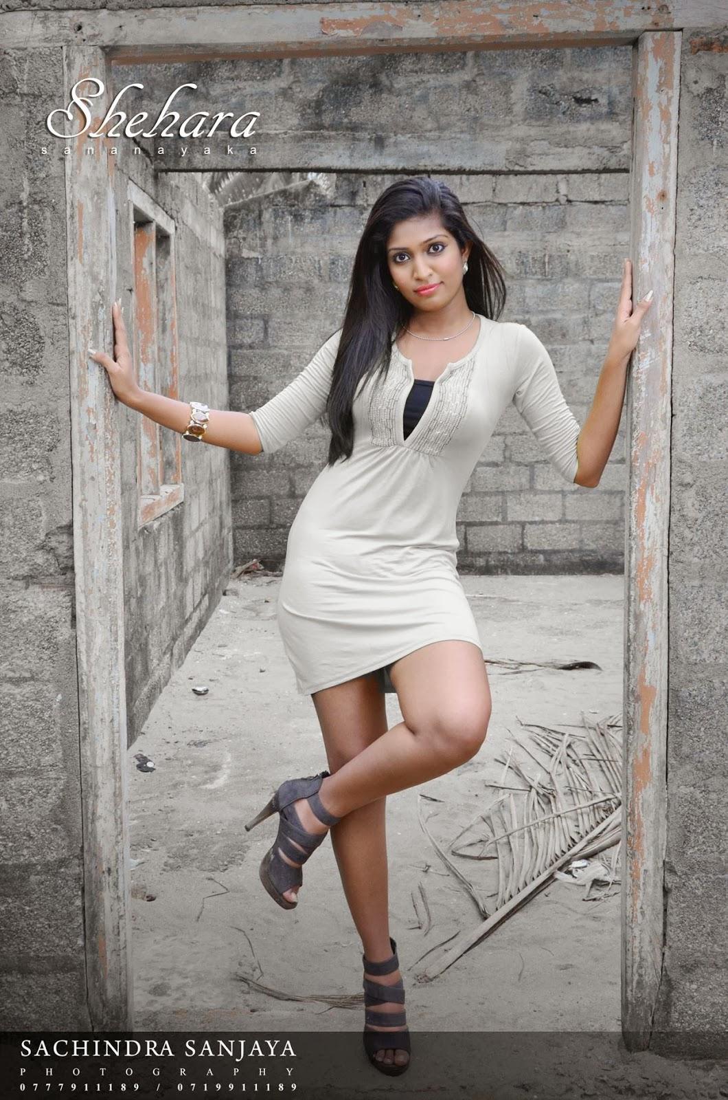Shehara Sananayaka sexy thighs
