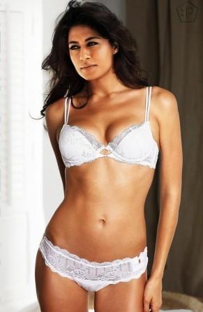Chitrangada Singh Bikini Pic1 - Chitrangada Singh Bikini Hot Pics