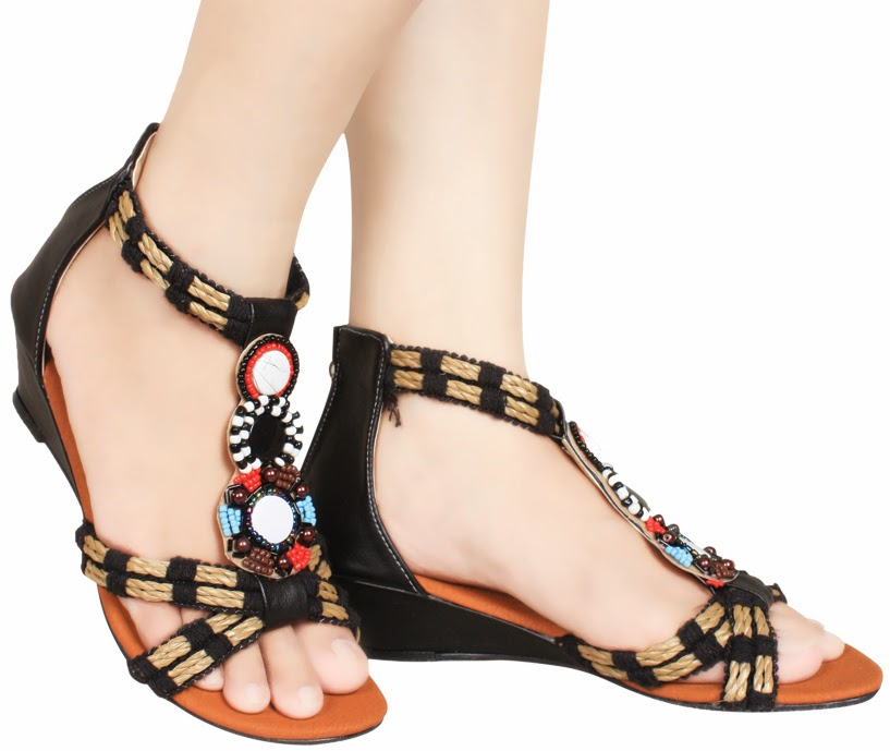 http://lanjar.com/shop/product?cid=&p=1811-sepatu-flat-wanita&aid=1421
