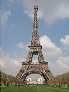 Menara Eiffel - [www.zootodays.blogspot.com]