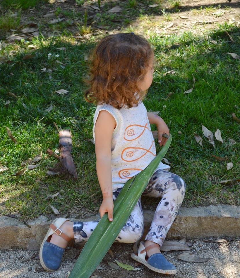 KIDdO Style - Indikidual vest + animal leggings