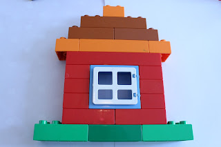 duplo house, busy bag