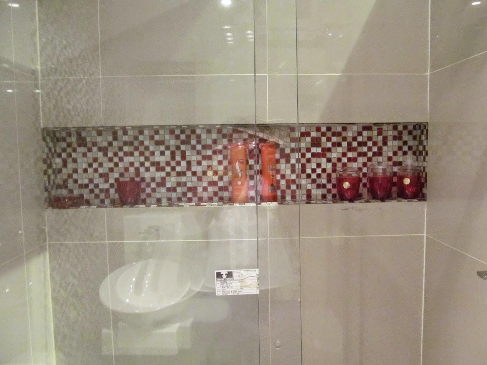 O canto de Felipe e Nubia Banheiro Social  Nicho -> Nicho Para Banheiro Altura