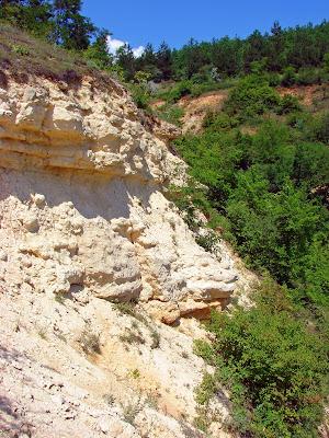 Геологические памятники Украины - обнажение в селе Каменка Изюмского района