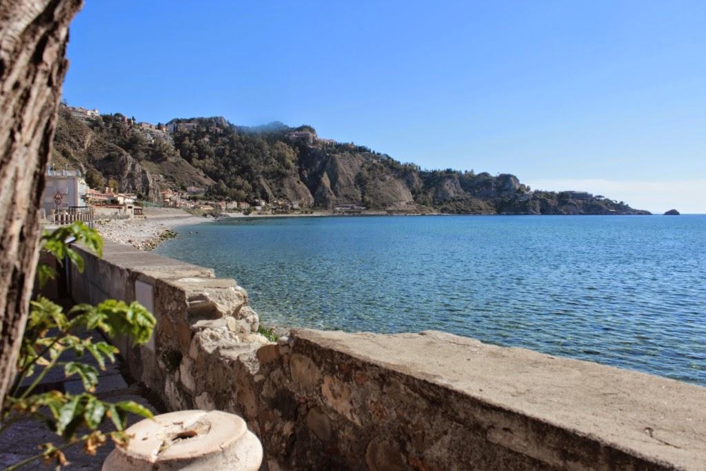 Giardini-Naxos-baia
