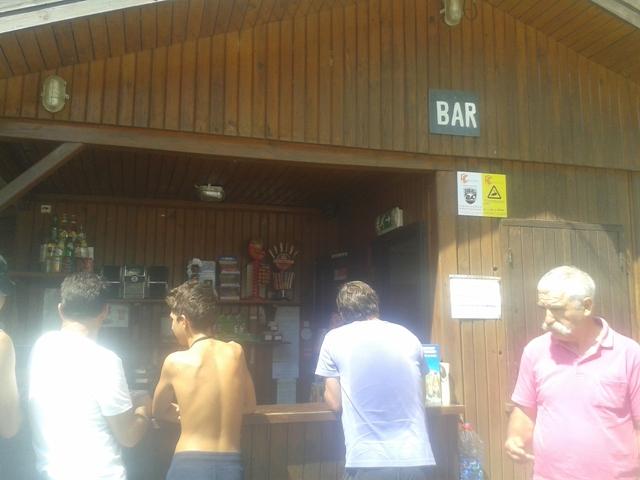 Bar da Praia Fluvial do Areinho