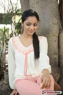 Tamil Janani Iyer Pictures at Thegidi Movie Press Meet 0025