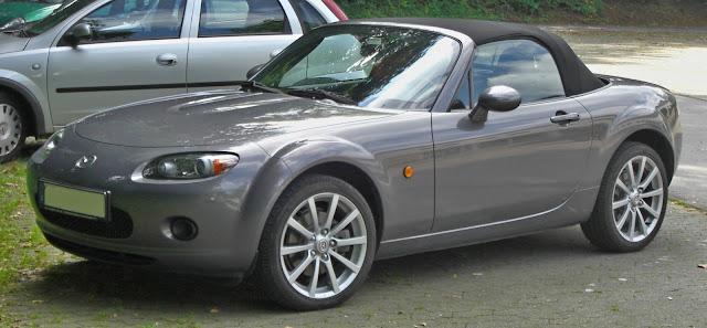 Side image of Mazda MX-5