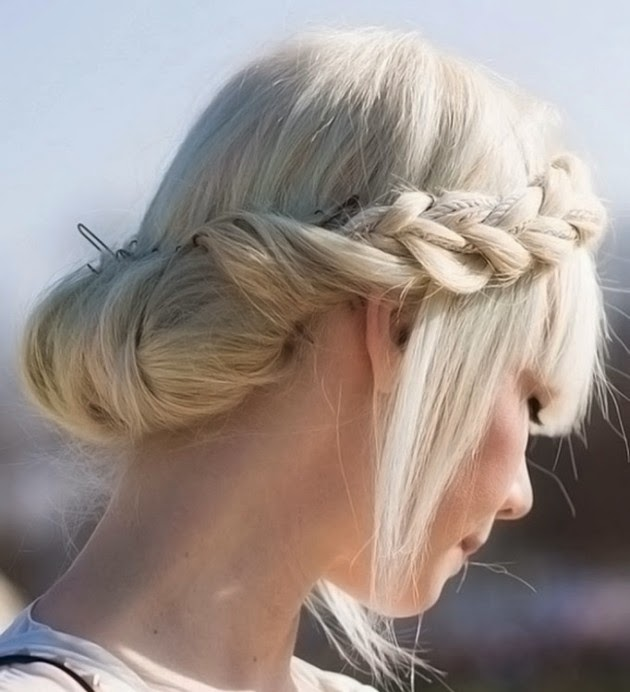Hairstyles Inspired By Greek Goddesses - Girl hairstyle video