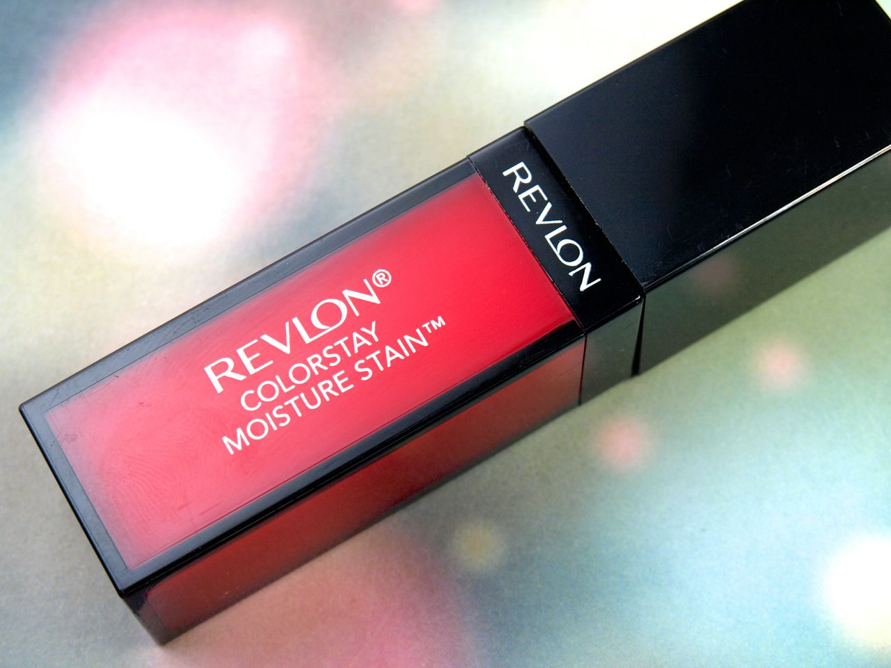 "Revlon ColorStay Moisture Stain in ""Barcelona Nights"": Review and Swatches"