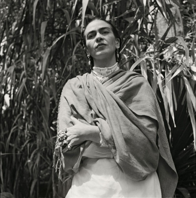 Gisèle Freund : photographie de l'artiste mexicaine Frida Kahlo