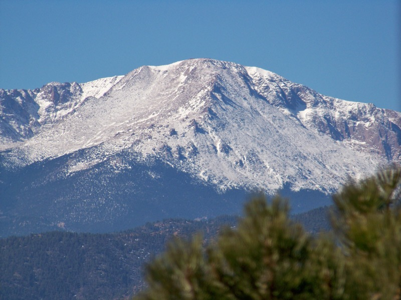 how tall is pikes peak