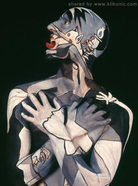 http://4.bp.blogspot.com/-kZelD9zRk9Y/TX3fw9M5rAI/AAAAAAAARcA/zcsQWBPflcQ/s1600/museum_anatomy_06.jpg
