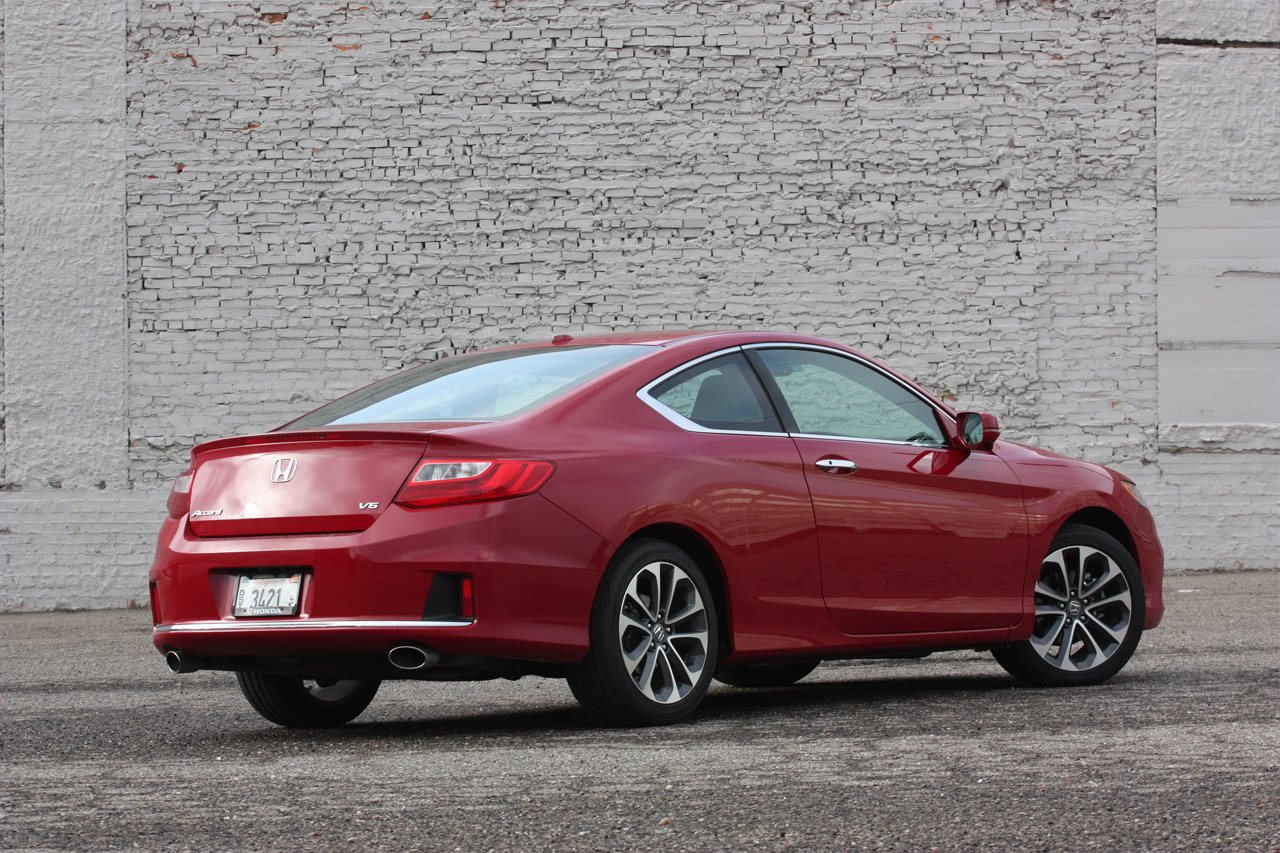 automotiveblogz 2013 honda accord v6 coupe quick spin photos. Black Bedroom Furniture Sets. Home Design Ideas