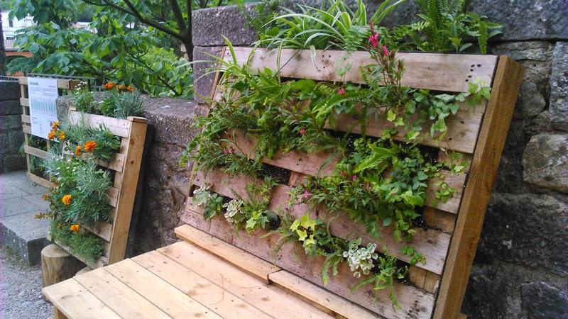 Jardines verticales en temps de flors girona vertiflor Jardin vertical en palets