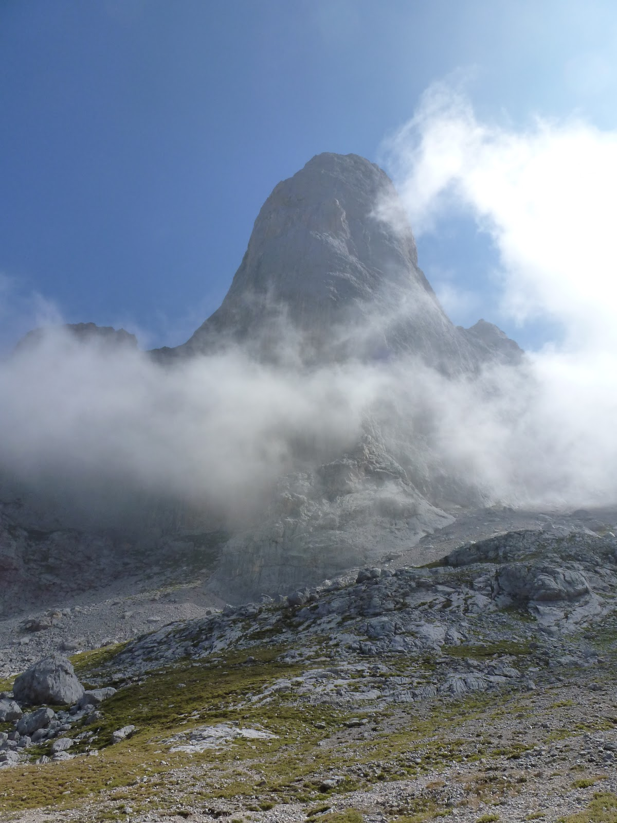 view of Naranjo de Bulnes rock face