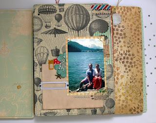 Скрап-альбом для свадебных пожеланий. Набор с рассадочными карточками. Материалы: магазин Скрапбукшоп. Воздушные шары, авиапочта, старинная карта, морская звезда, цветок и тычинки, скрап-фишка, скрепка, штампы.