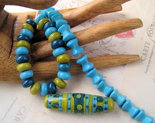 green and aqua lampwork beads by juli cannon of Studio Juls